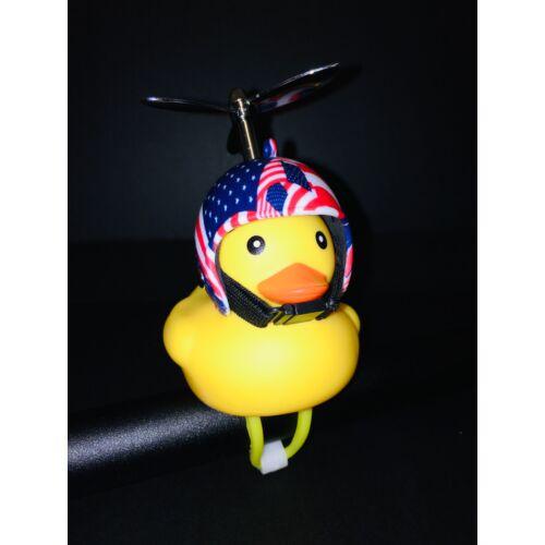Világító Gumikacsa Duda bukósisakkal és Propellerrel | Amerikai