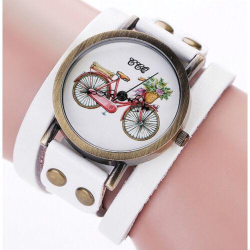 Kerékpáros karóra hosszú bőr pánttal fehér színben