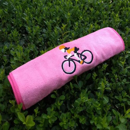 Rózsaszín kerékpáros sport törülköző